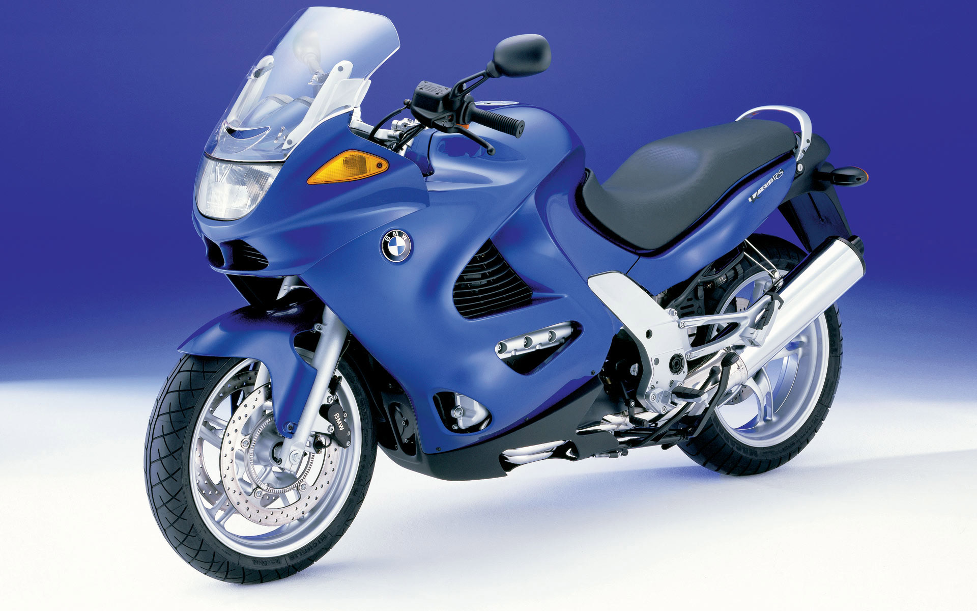 bmw_motorcycle_001