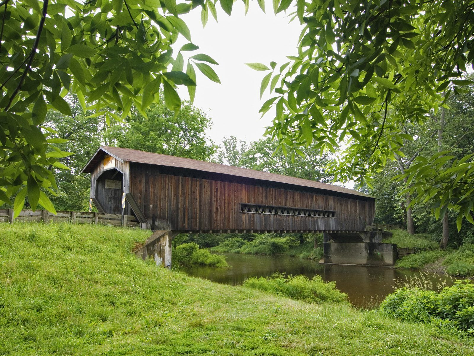 benetka_road_covered_bridge_ashtabula_county_ohio