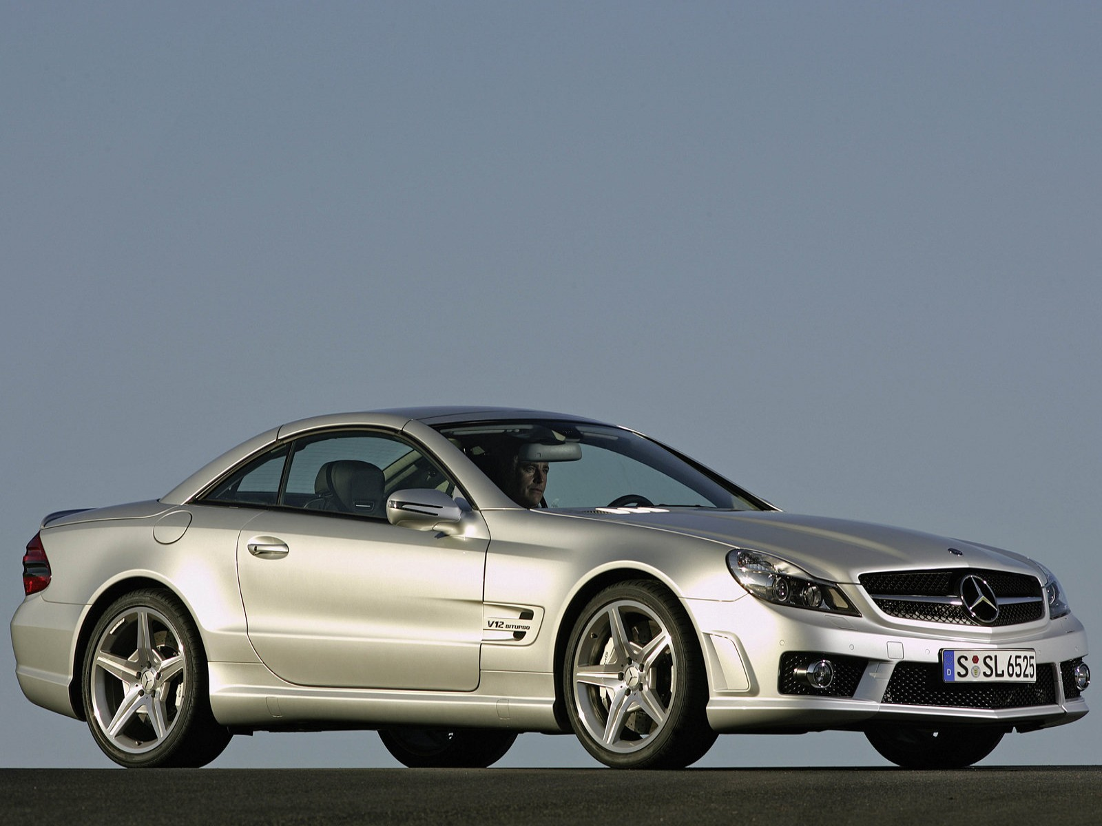 mercedes-benz-sl65-amg-2_wallpaper