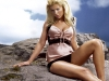 tara_reid_wallpaper_001